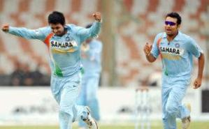 Prgyan Ojha and Rohit Sharma
